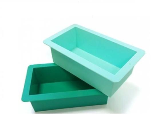 Forma-dlya-myla-silikonova-kub