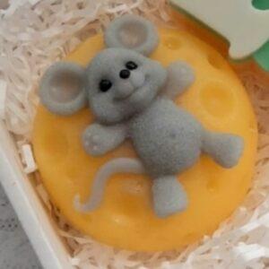 Силиконовая форма Мышь на сыре