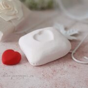 Силиконовая форма Подушка с сердцем (2)